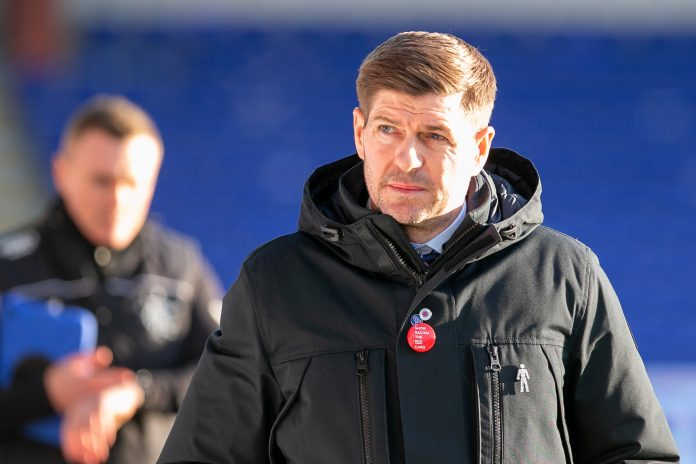 DINGWALL, SCOTLAND - DECEMBER 06: Steven Gerrard, Manager of Rangers looks on during the Ladbrokes Scottish Premiership match between Ross County and Rangers at Global Energy Stadium on December 06, 2020 in Dingwall, Scotland. A limited number of spectators (300) will be in attendance as Covid-19 pandemic restrictions are eased in Scotland.