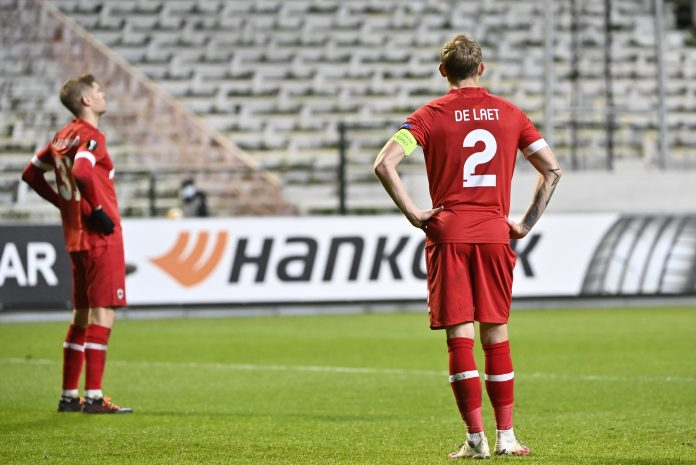 Antwerp's Ritchie De Laet shows dejection after losing a soccer game between Belgian club Royal Antwerp FC and Scottish Rangers F.C., Thursday 18 February 2021 in Antwerp, the first leg of the 1/16 finals of the UEFA Europa League competition. BELGA PHOTO DIRK WAEM