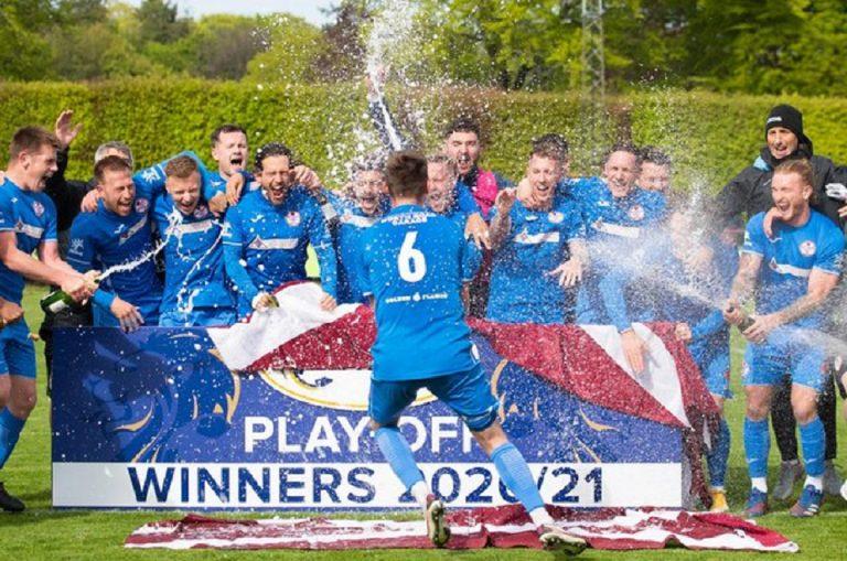 'Full circle' as Rangers hero returns to 'The Hedge'…